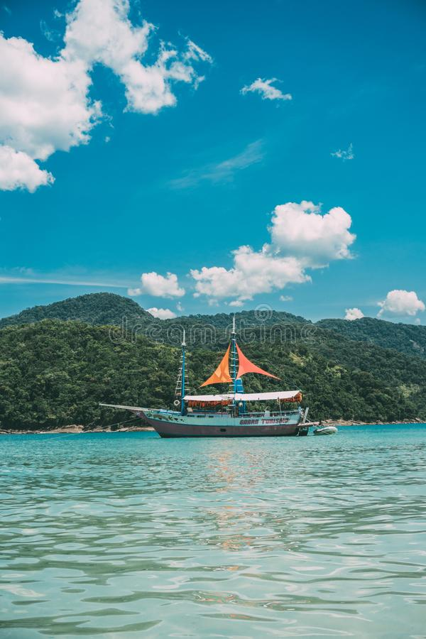Baia, spiaggia, blu, barca, fotografia stock