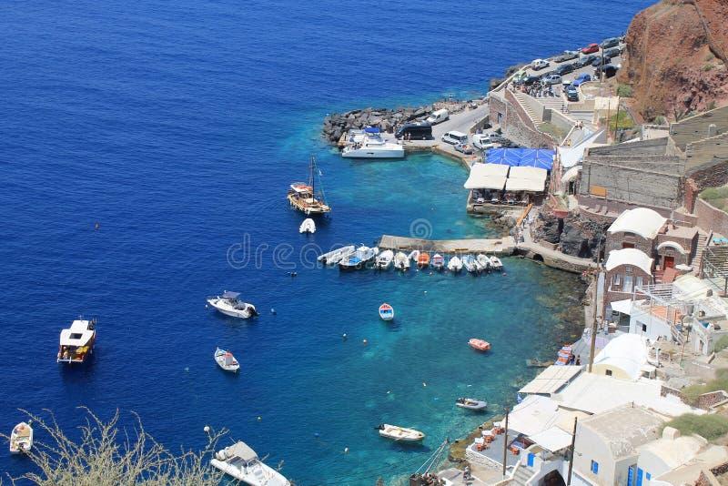 Baie d'Amoudi, village d'Oia en île de Santorini, Grèce image libre de droits