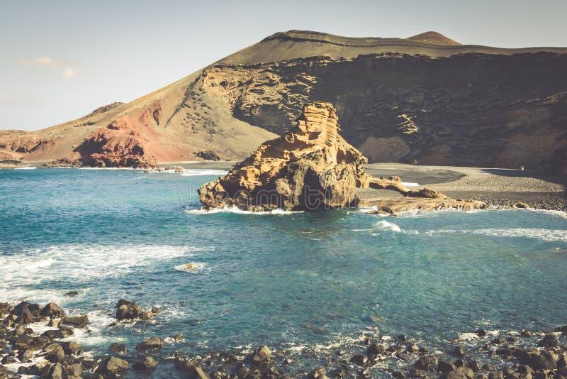 Baie d'EL Golfo, Lanzarote occidentale, Îles Canaries, Espagne photos stock