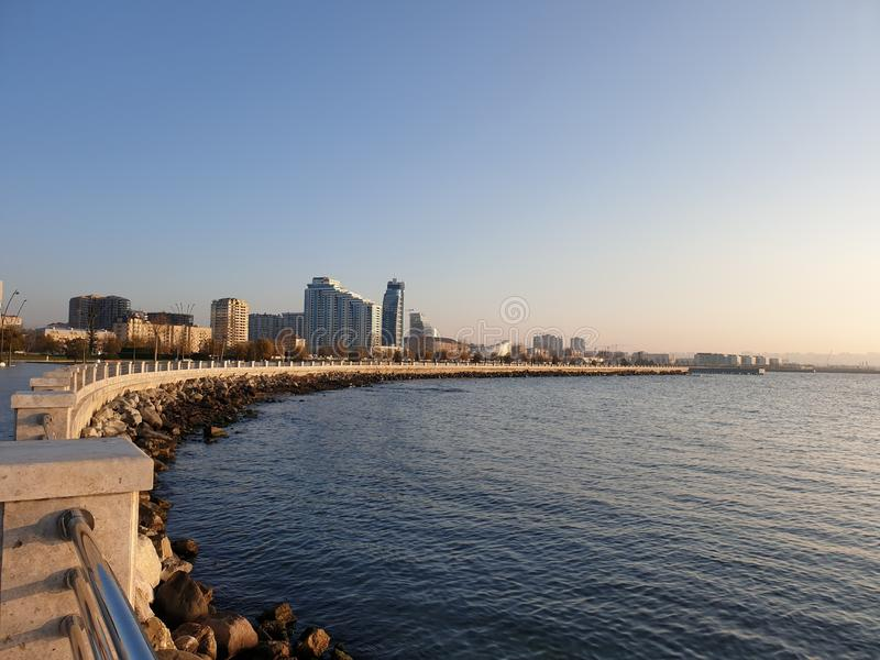 Baie de boulevard de Bakou photo libre de droits