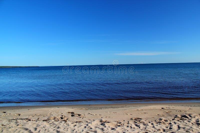 Baie de crêpe sur le lac Supérieur, Ontario, Canada L'espace pour le texte photo stock