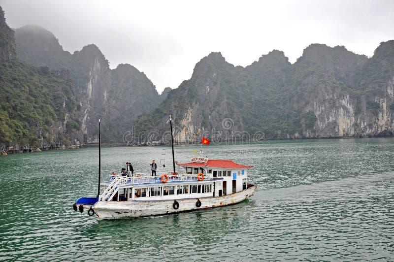Baie de Halong, Vietnam photo stock