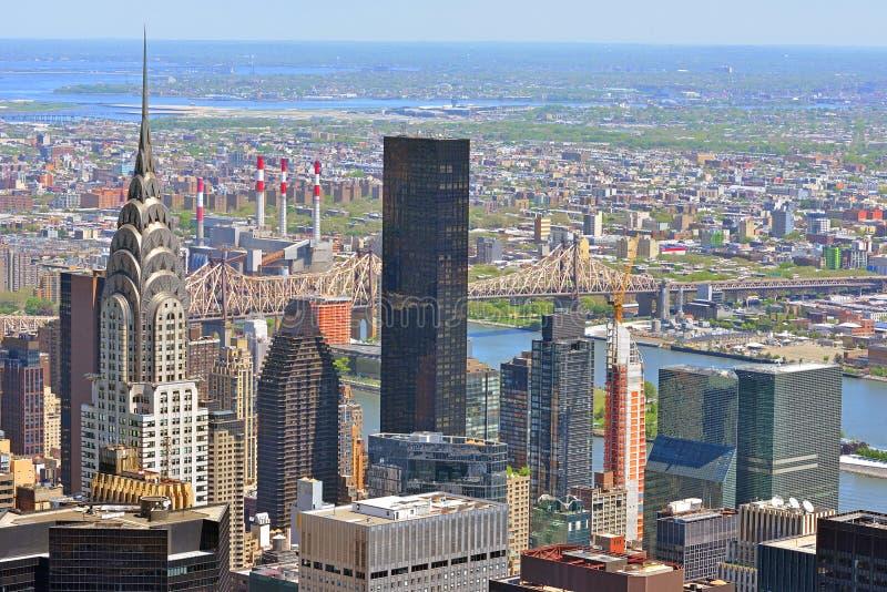 Baie de tortue dans Midtown Manhattan, et pont de Queensboro au-dessus de l'East River New York City image libre de droits