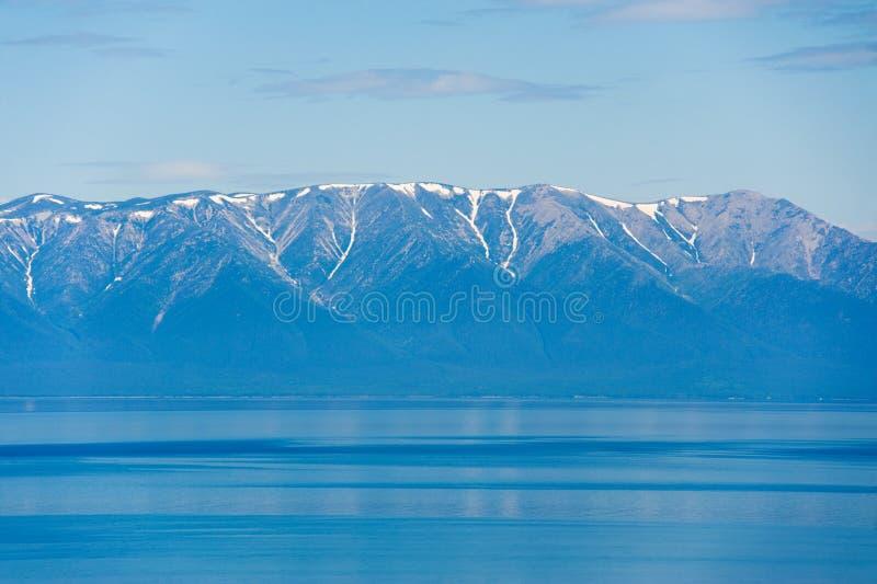 Baikal-Ansicht lizenzfreies stockfoto