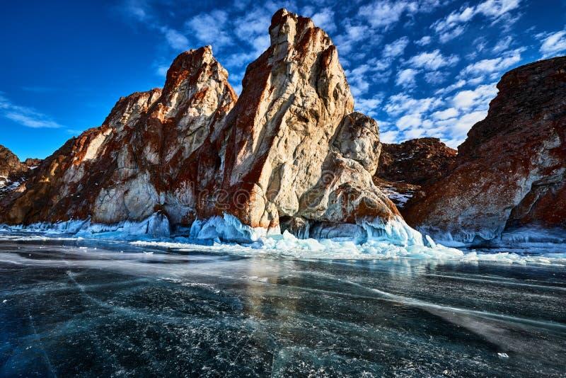 Baikal See im Winter stockfotos