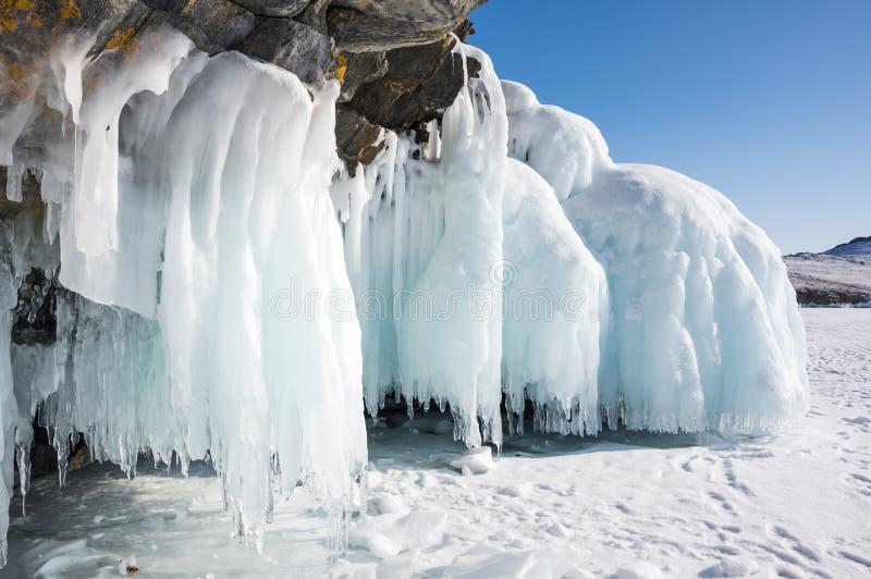 baikal zima lodowa jeziorna roztapiaj?ca fotografia royalty free