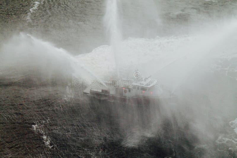 Bailado #1 do Fireboat fotos de stock