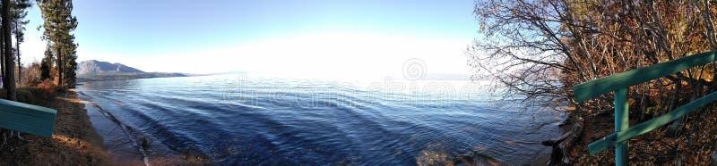 Bailando con las ondas, mi canción preferida fotografía de archivo