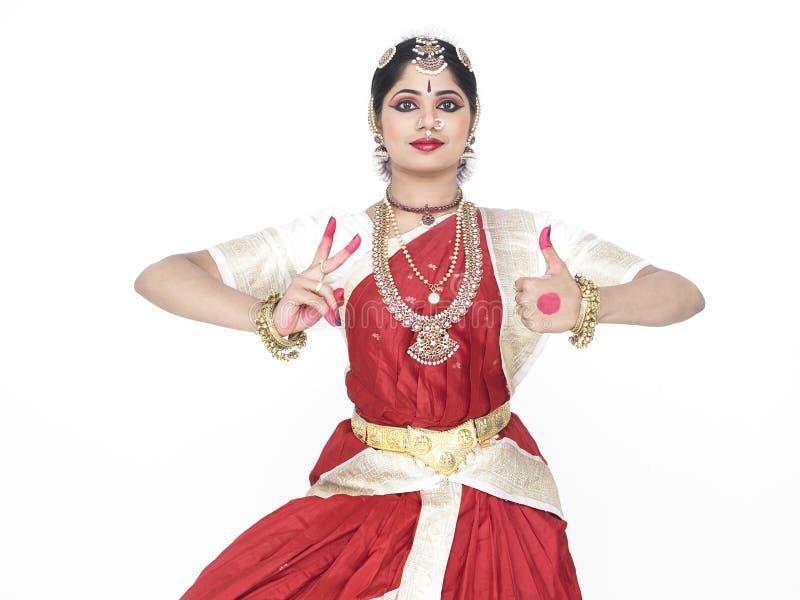 Bailarín clásico de la India fotografía de archivo libre de regalías