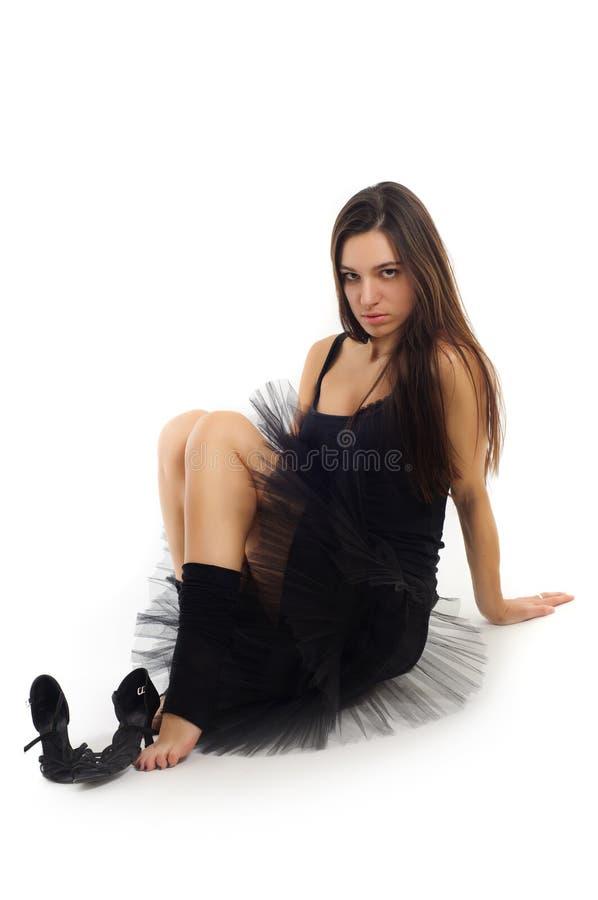 Bailarín de ballet de sexo femenino en alineada negra imágenes de archivo libres de regalías
