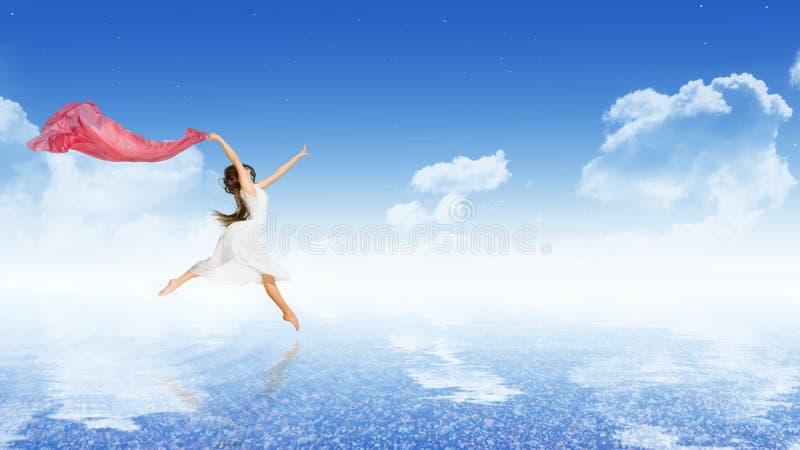 Bailarín de la muchacha en superficie del agua imagen de archivo