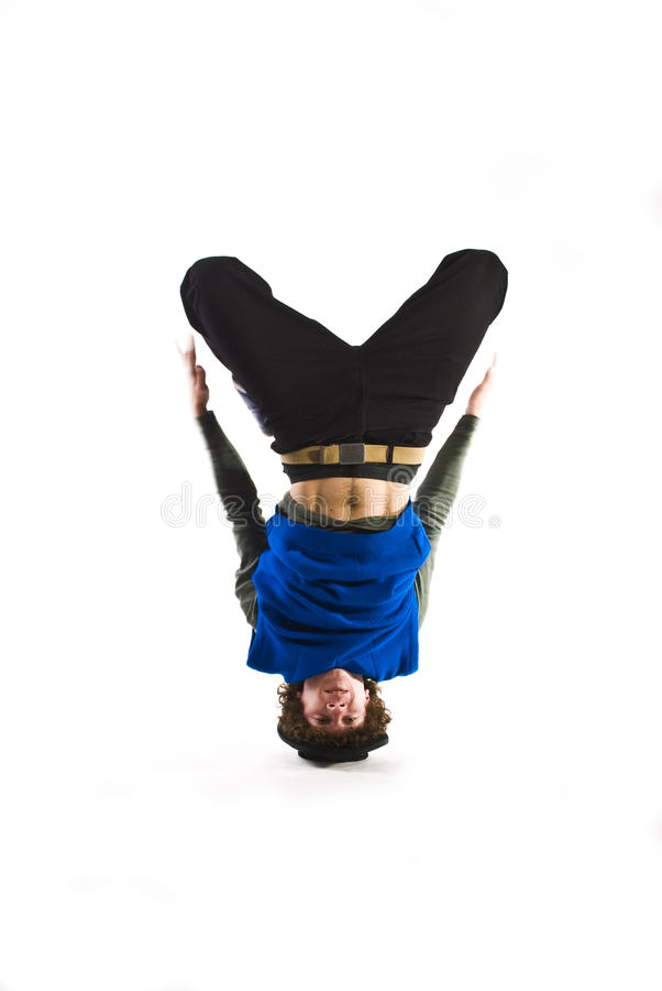 Bailarín de la rotura que gira en la pista imagen de archivo