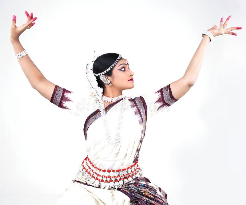 Bailarín de sexo femenino clásico indio fotos de archivo libres de regalías