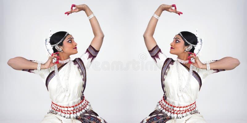 Bailarín de sexo femenino indio clásico imagen de archivo libre de regalías