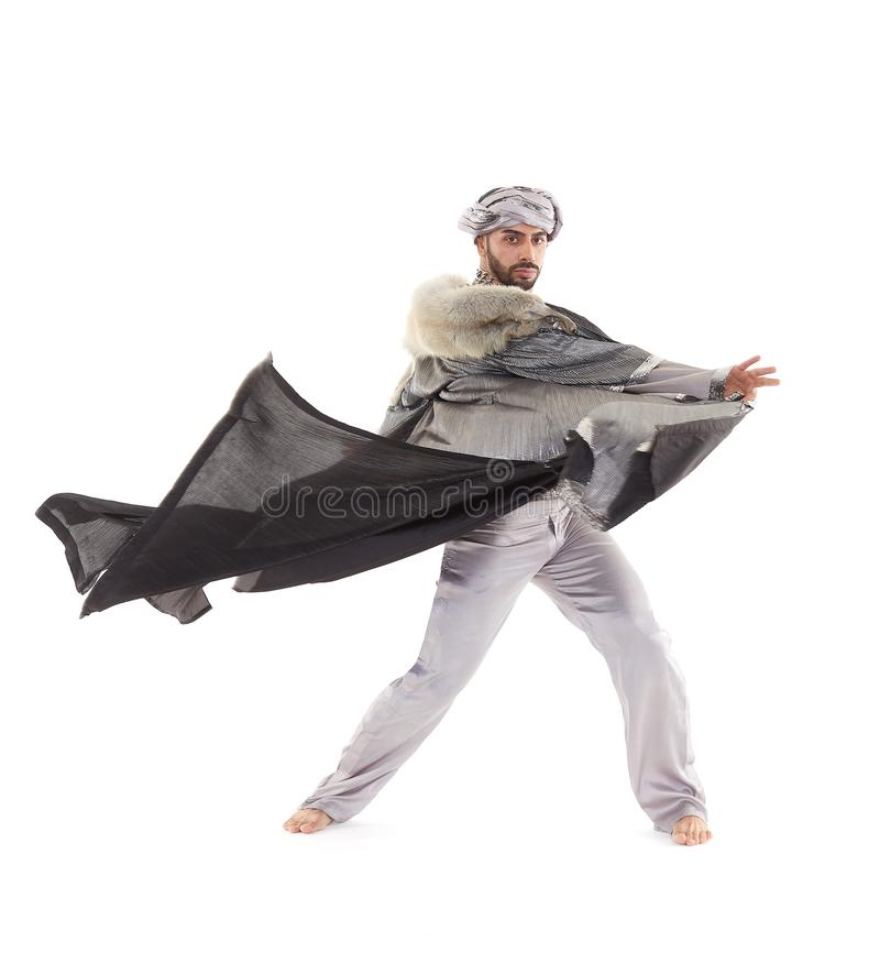 Bailarín de sexo masculino en traje oriental imágenes de archivo libres de regalías