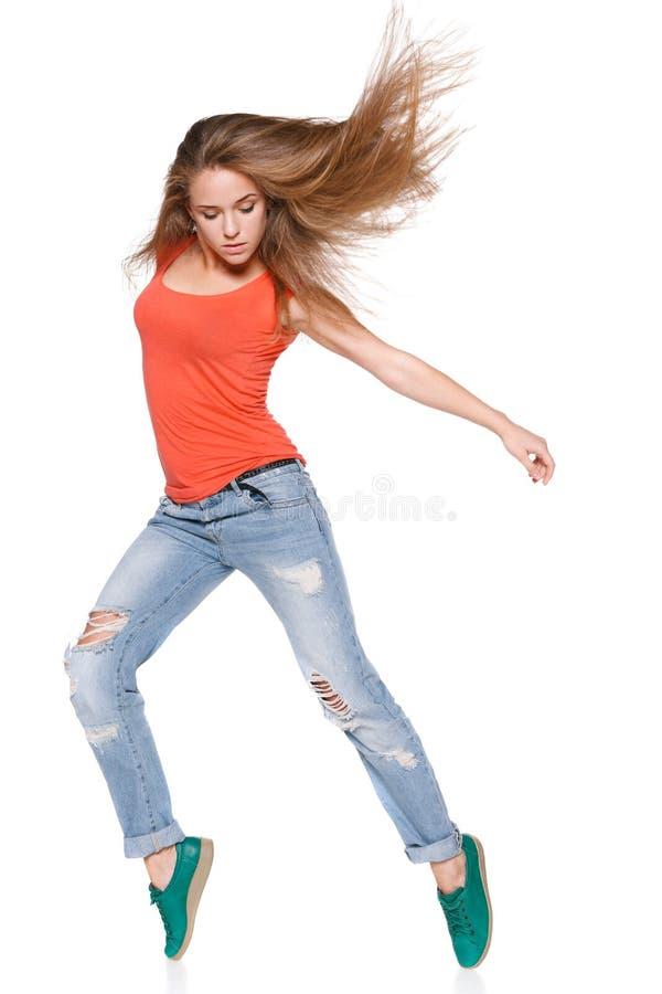 Bailarín del hip-hop de la mujer sobre el fondo blanco foto de archivo