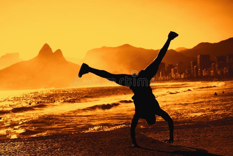 Bailarín divertido en Rio de Janeiro fotografía de archivo