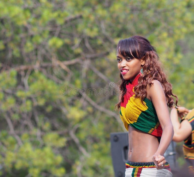 Bailarín etíope imagen de archivo libre de regalías