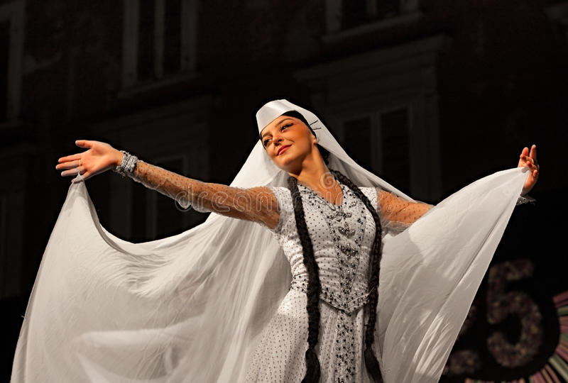 Bailarín georgiano fotos de archivo