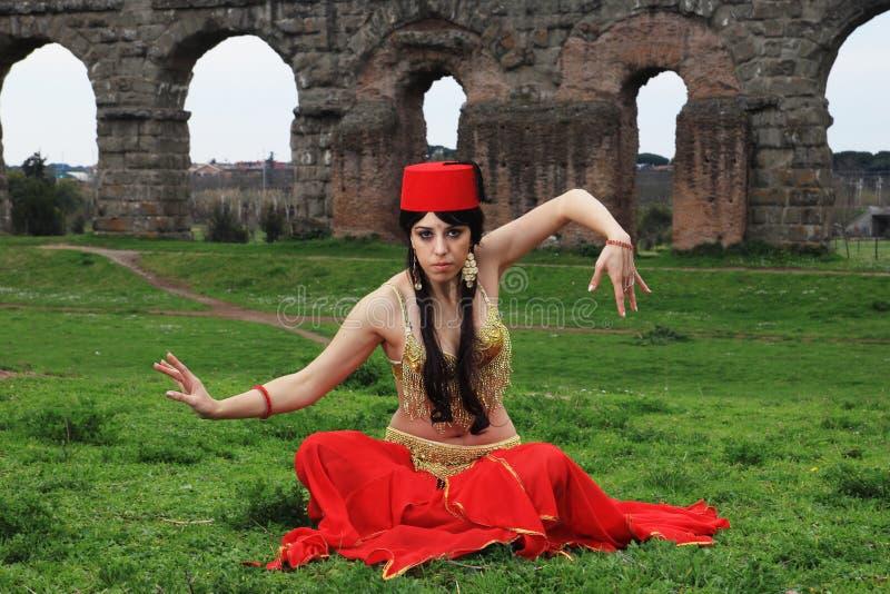 Bailarín oriental imagen de archivo libre de regalías