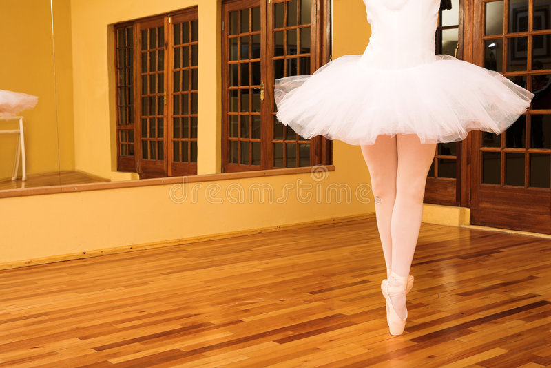 Download Bailarina #14 foto de archivo. Imagen de señora, práctica - 1280354