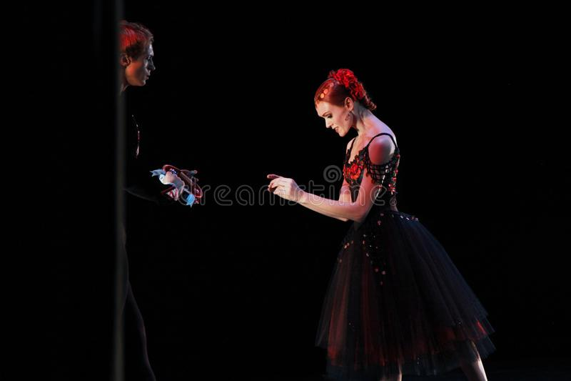 Bailarina de Prima do teatro Ulyana Lopatkina de Mariinsky e assim imagens de stock