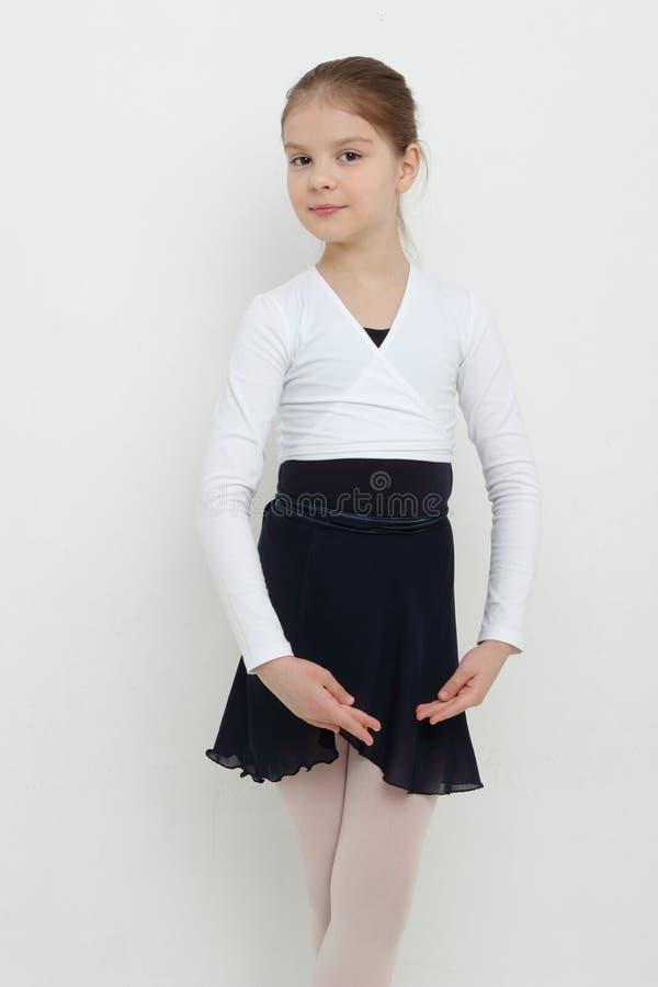 Bailarina joven imagen de archivo libre de regalías