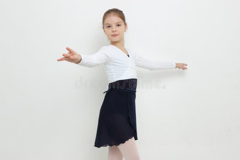 Bailarina joven imagenes de archivo