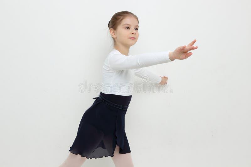 Bailarina joven foto de archivo libre de regalías