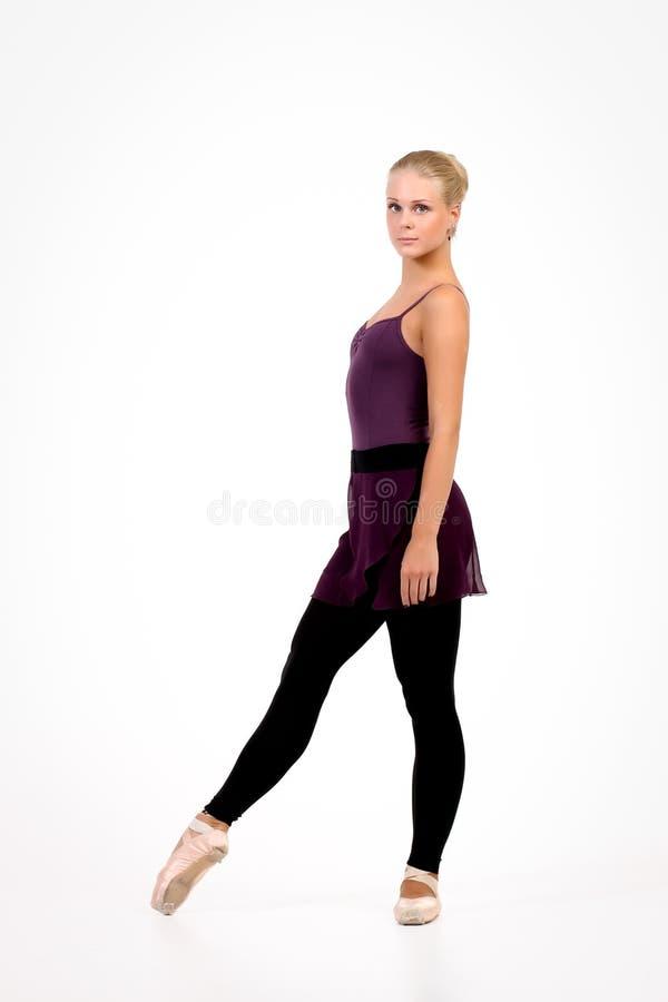 Bailarina loura nova fotografia de stock royalty free