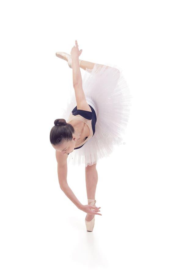 Bailarina magn?fica, en un ballet de baile del tut? blanco imagen de archivo