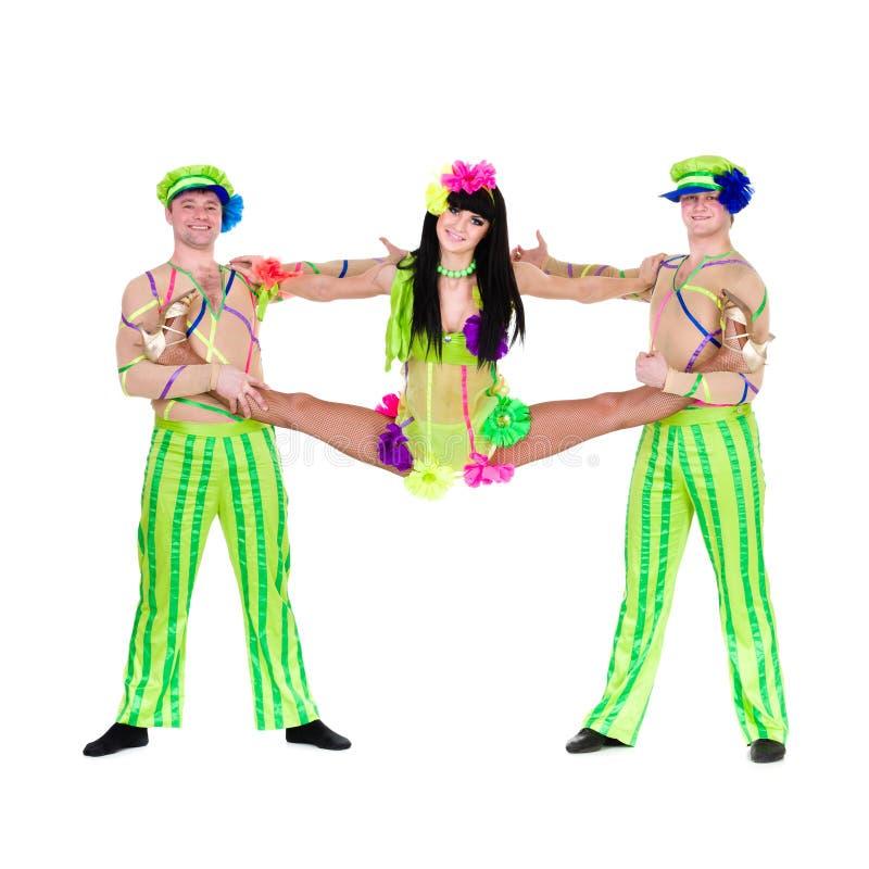 Bailarines Del Carnaval Del Acróbata Que Hacen Fracturas Foto de archivo