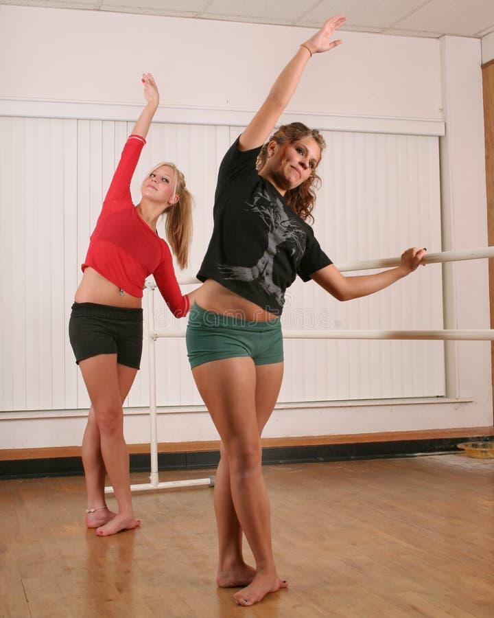 Bailarines en el movimiento foto de archivo