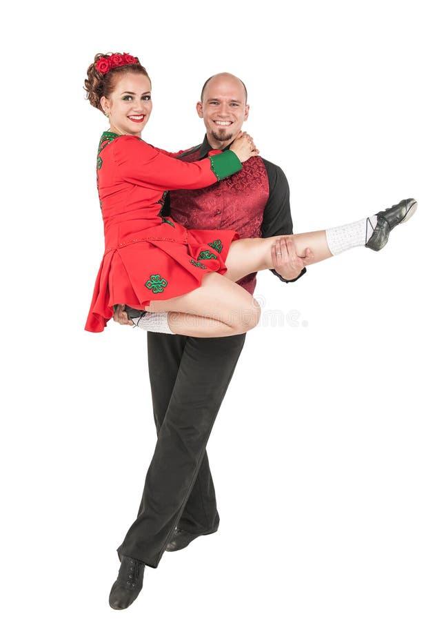 Bailarines irlandeses de los pares hermosos aislados imagen de archivo libre de regalías