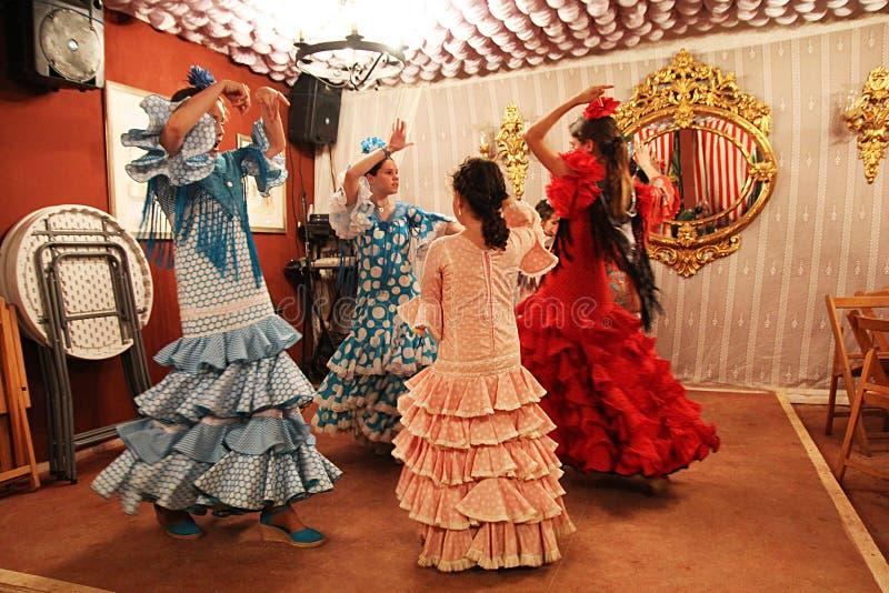 Bailarines jovenes españoles foto de archivo libre de regalías