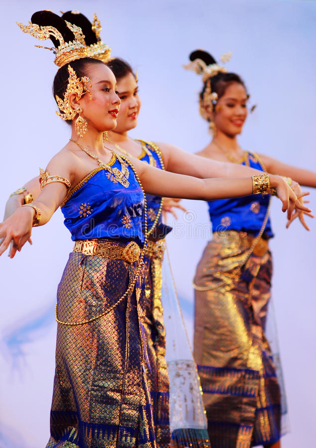 Bailarines tailandeses foto de archivo