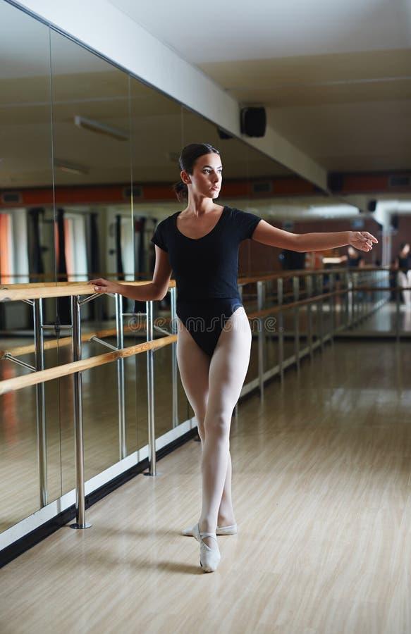 Baile del ballet imagenes de archivo
