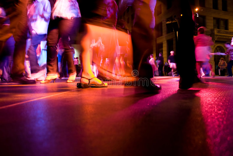 Baile en las calles imagenes de archivo