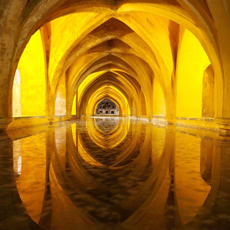 Bain de reine d'Alcazar, Séville avant, Andalousie, Espagne image libre de droits