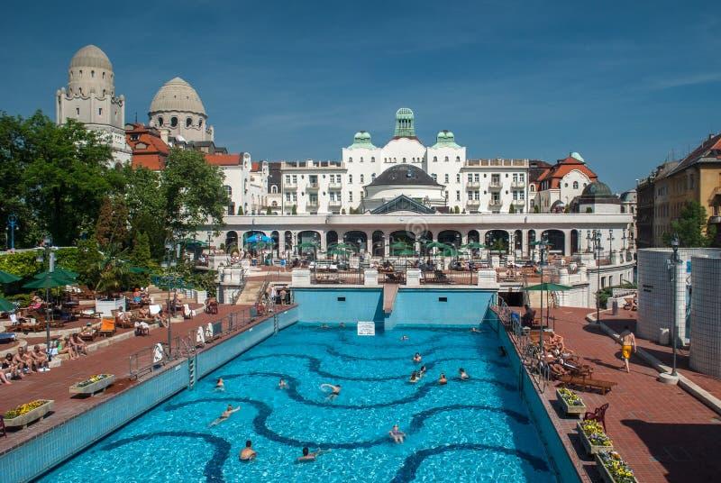 Bains thermiques de Gellert à Budapest image libre de droits