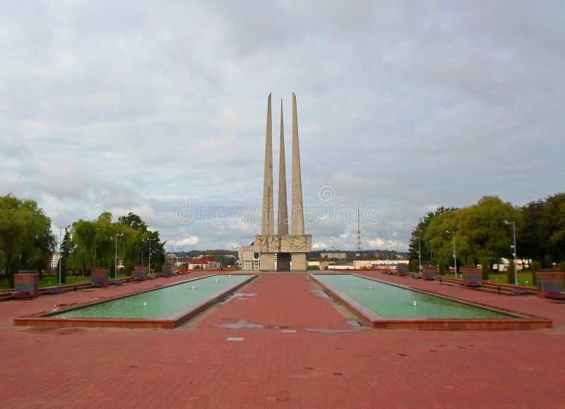 Baionette commemorative del complesso tre su Victory Square a Vitebsk fotografia stock libera da diritti