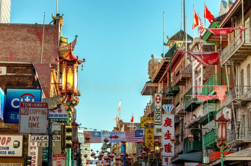 Bairro chinês em San Francisco, Califórnia, EUA - foto de stock