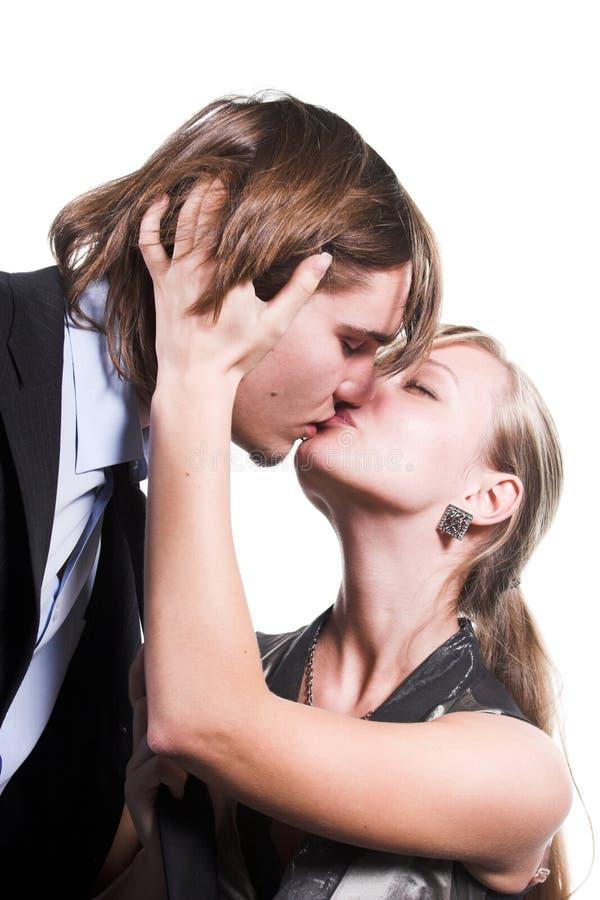 Baisers des couples photos libres de droits