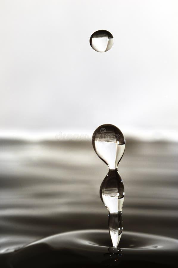 Baisse abstraite de l'eau photo stock