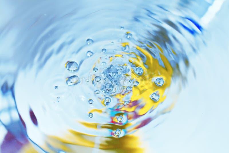 Baisse de fin de l'eau vers le haut photos stock