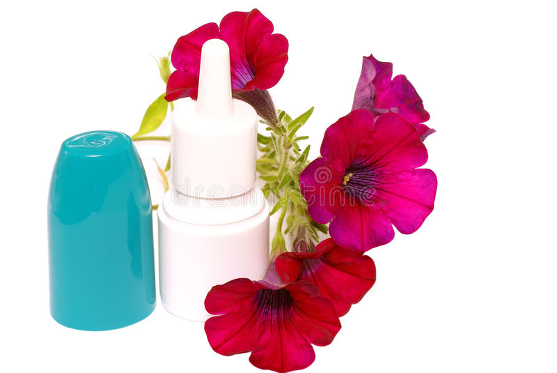 baisses d'Anti-allergie dans le nez. photographie stock