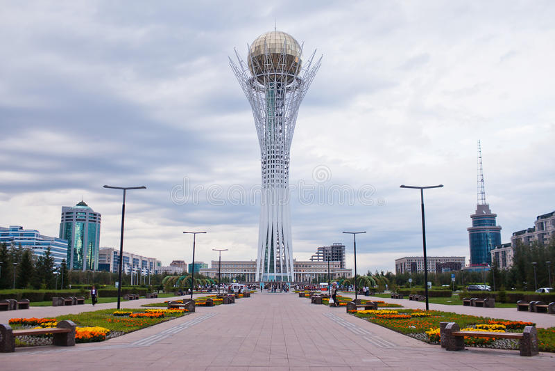 Baiterek - ένα μνημείο στην πρωτεύουσα του Καζακστάν, Astana, μια από την κύρια έλξη της πόλης στοκ φωτογραφία με δικαίωμα ελεύθερης χρήσης