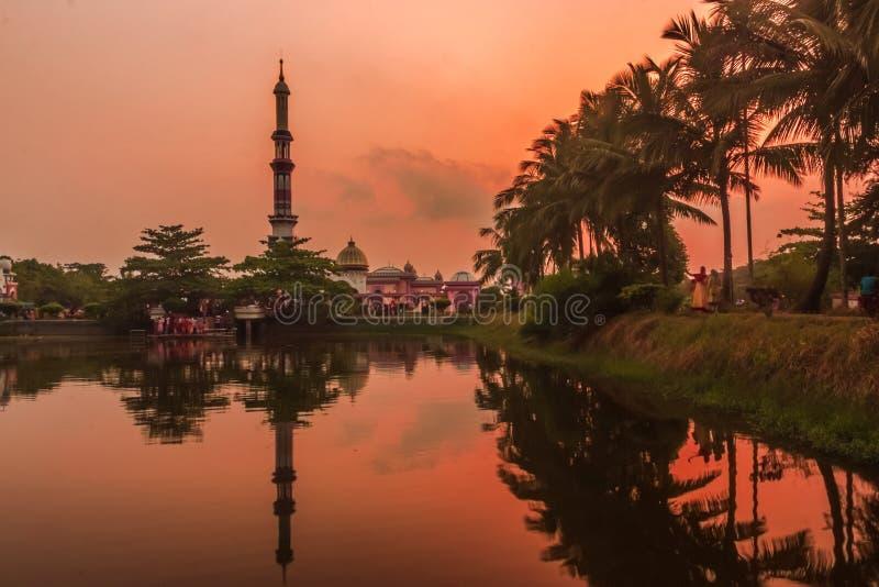 Baitul阿门洲清真寺Barishal,孟加拉国 免版税库存图片