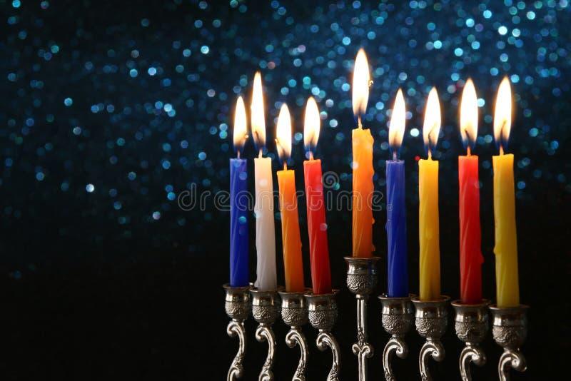 Baixa chave do fundo judaico do Hanukkah do feriado fotos de stock