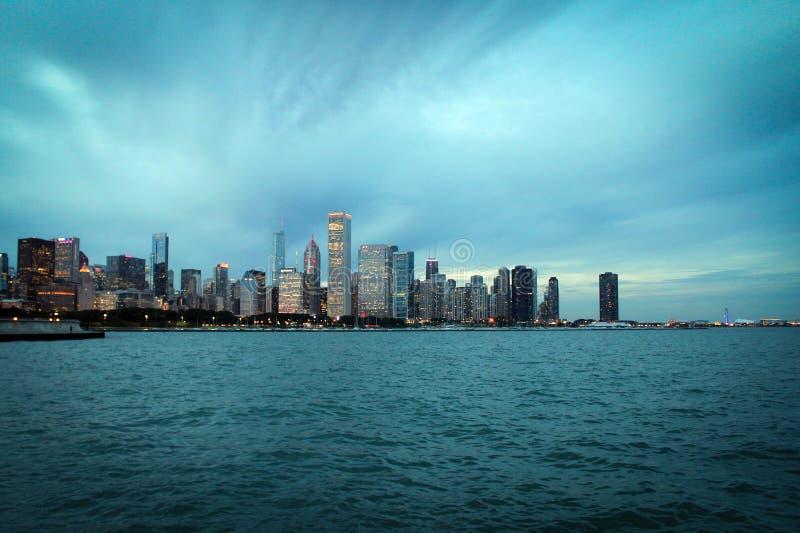 Baixa de Chicago e vista panorâmica do lago Michigan, Illinois, EUA imagens de stock royalty free